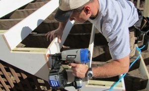Best Siding Nailer Reviews and Buying Guide