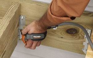 Best Palm Nailer Reviews and Buying Guide